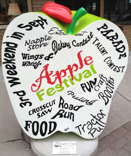 The Nappanee Apple Festival is proud of their family-friendly atmosphere and Midwestern hospitality that attracted over 85,000 people in 2012.